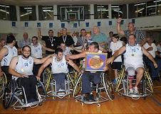 קבוצת הכדורסל של בית הלוחם חיפה זכתה באליפות הליגה